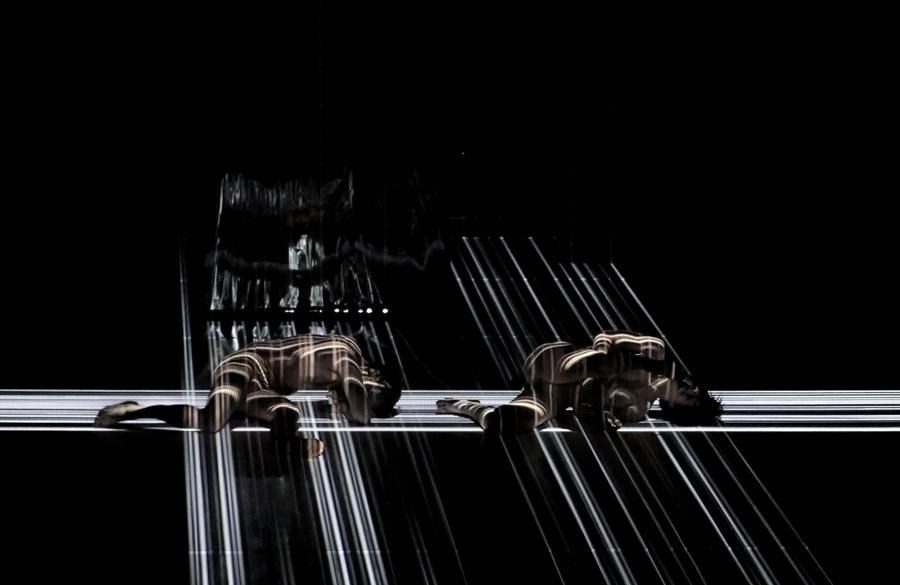 Marie-Ève Lafontaine, Georges-Nicolas Tremblay / Symphonie 5.1 / Symphonie 5.1 / Van Grimde Corps Secrets / © Jérôme Delapierre