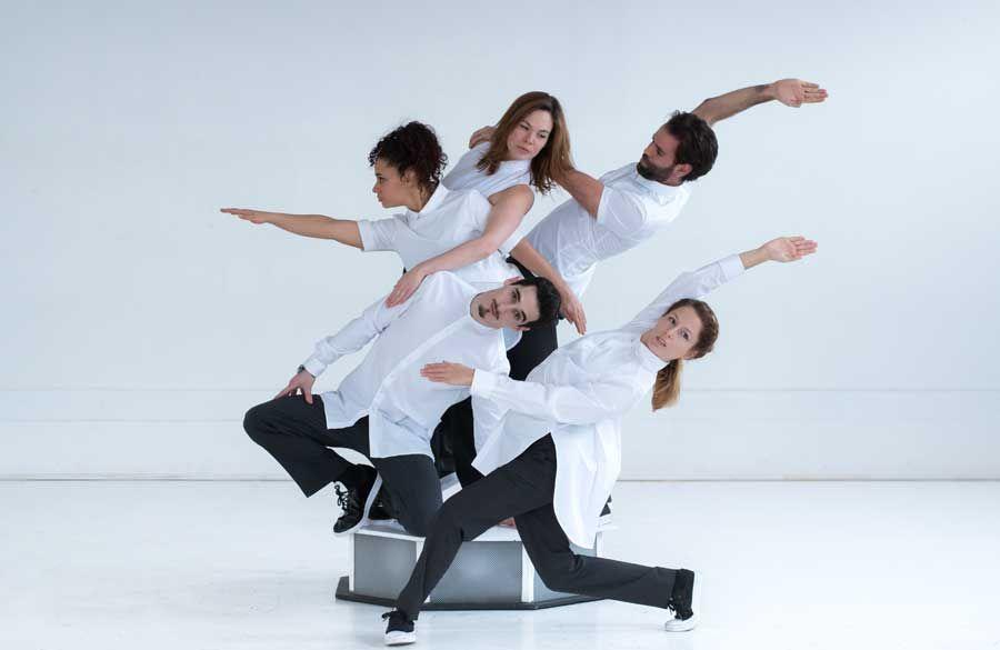 Simon Ampleman, Émilie Demers, Claude Bellemare, Jennifer Casimir, Romain Gailhaguet / Divisible / Ample Man Danse / © Perrushot