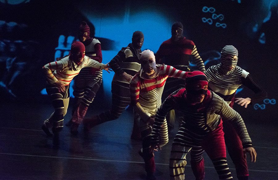 Major Motion Picture / Out Innerspace Dance Theatre / © Michelle Doucette