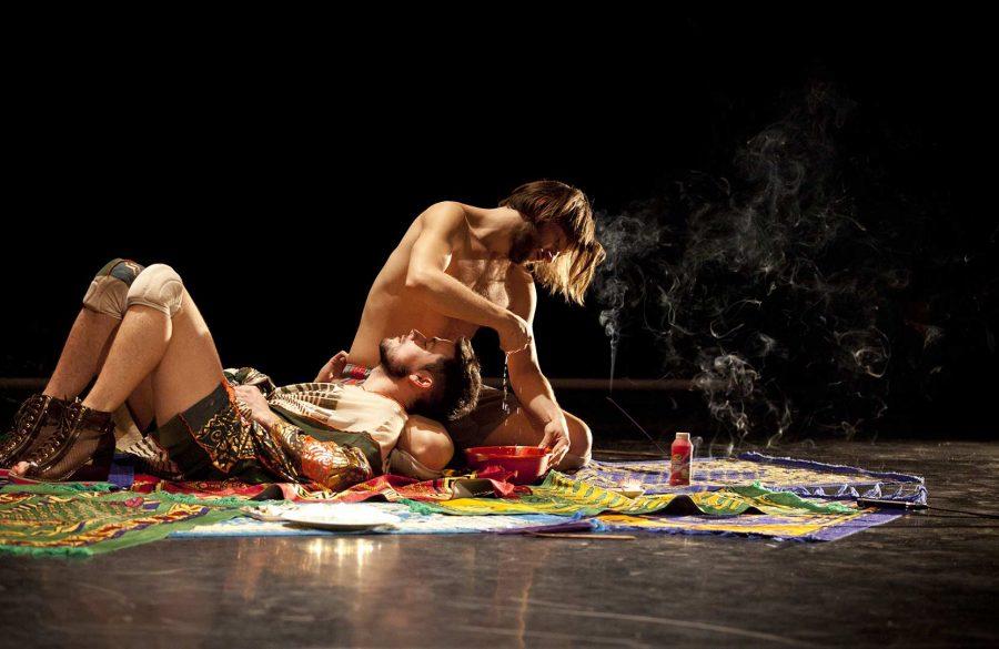 Danse Mutante | Mayday | Francis Ducharme, Riley Sims © Mathieu Doyon @ Agora de la danse, Montréal