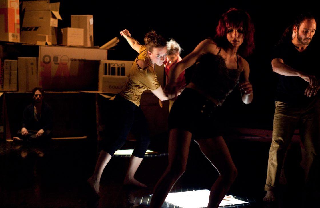 Tant que la tête reste sur le corps  | Collectif Trioco (production libre hiver 2012)